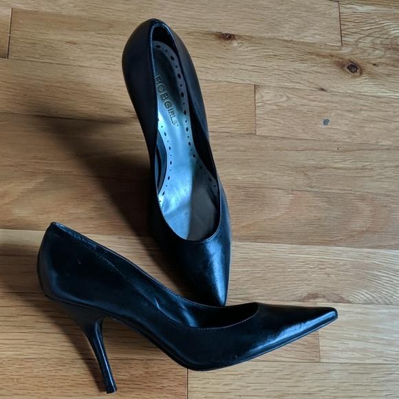 BCBGirls Shoes - BCBG Black Pumps